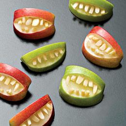 apple-bites-halloween-recipe-photo-260-FF1007EFCA01