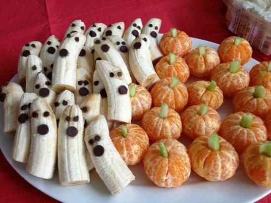 Healthy-Halloween-Food-Ideas-banana-ghosts